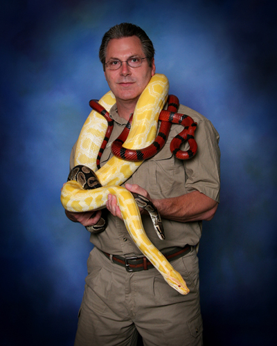 Where Snake Shows are Fun and Educational for All Ages!!! Safety Meetings, Snake Consultations, Investigations, Identification Classes, Public Speaking, Birthday Parties, School Programs, Scouts, Scheduling: 713-934-7668, Emergency: 713-253-3787 Texas Snakes and More, texas snakes, snake, venomous, poisonous, identification, identify, remove, removal, capture, safety, proofing, exclusion, exterminator, extermination, wildlife, classes, education, exploration, houston, fear, poison, venom, snake shows, entertainment